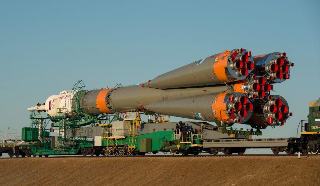 Тур на Байконур: транспортировка ракета-носителя