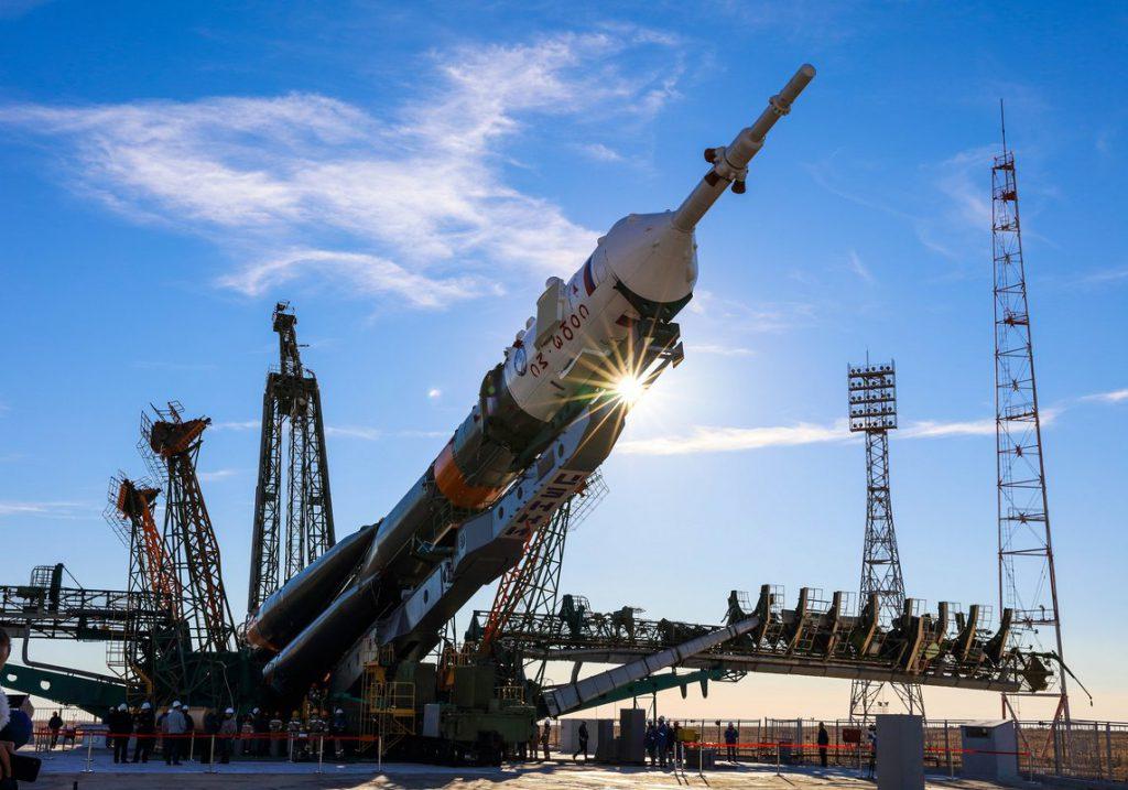 Тур на Байконур: вертикализация ракеты